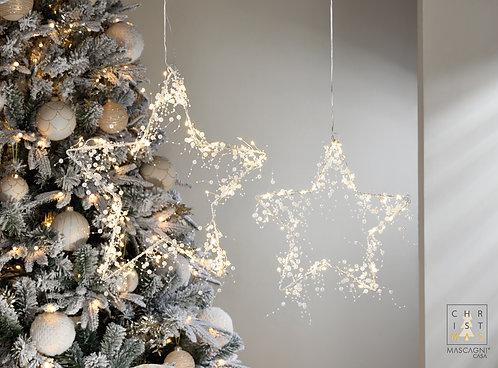 Étoile suspendue de fil de métal avec des perles et 48 lumières de led. Moyen