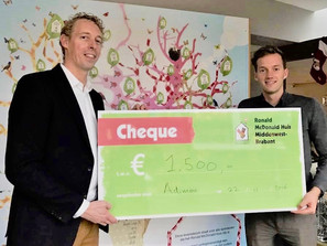 "Because we care: ""rennen voor het Ronald McDonald Huis"""