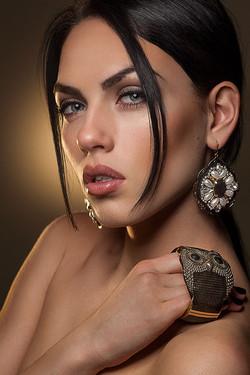 retoucher beauty fashion retouching