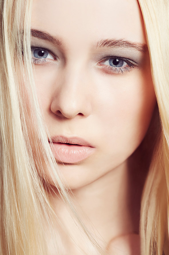 retoucher beauty fashion retouching