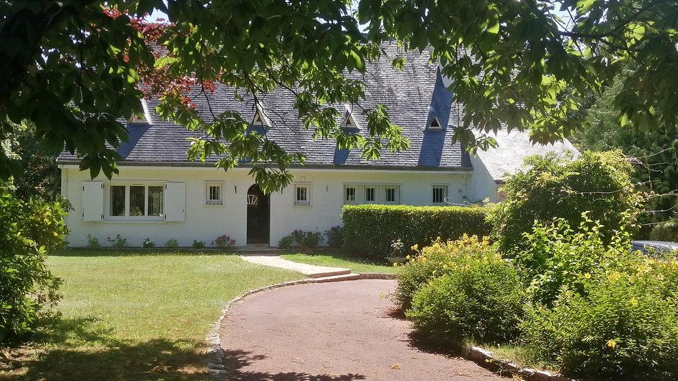 Grande maison au calme absolu dans un domaine privé et sécurisé.