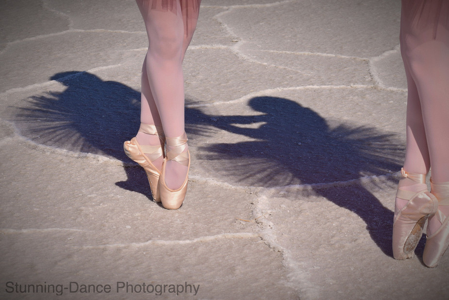 Silhouettes in the sand (Watermarked).jp
