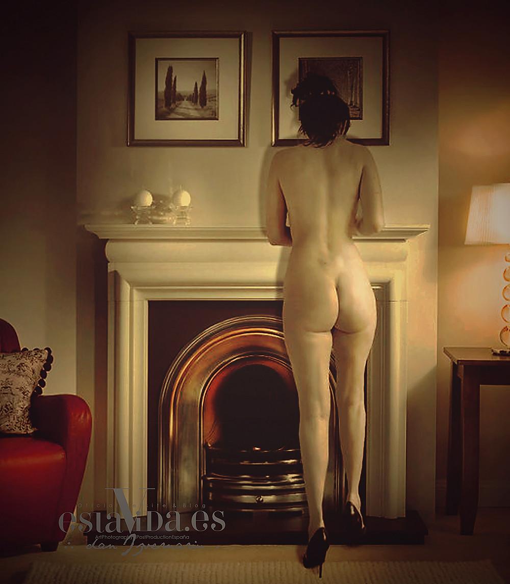 "Original pics photo after Jean Pierre Bonnard, ""Nude front of cheminee"" , Model: Doris Izvernariu, Post Production by Dan Izvernariu, Madrid Esp."