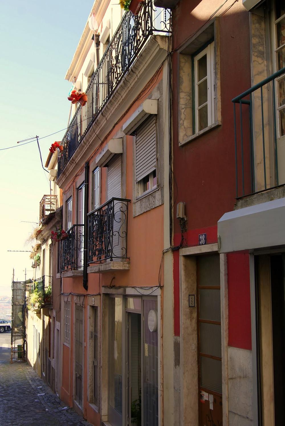 Rua Travessa do Monte  Lx Pt , home In memoriam Doris Izvernariu
