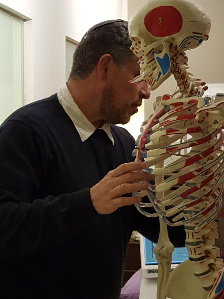 "Back into Shape Doctor's Only Workshop: ""How and when to crack bones"""