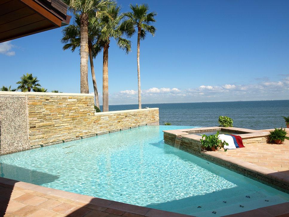 PB080374_endless_swimming_pool_design_ro