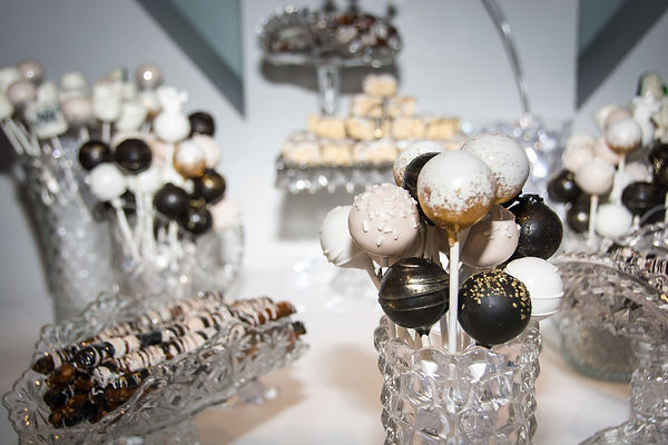 Chocolate Covered Pretzel Rods , Chocolate Covered Marsmallows, Cakepops, Events, Weddings, Birthday, Corporate Parties