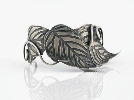 Epipremnum Cuff Bracelet