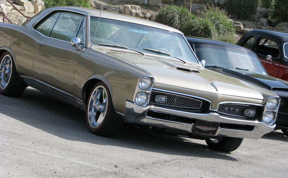 1967 Gold GTO.jpg