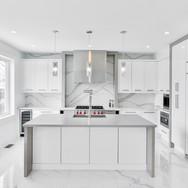 Kitchen 18-2021.jpg