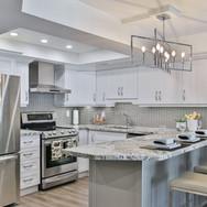 Kitchen 20-2021.jpg