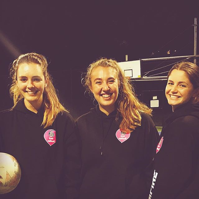 There's nothing like a good umpire 👌🏼Or 3 🤗😄🙌🏼 #umpires #rock #weloveourumpires #lovenetball #