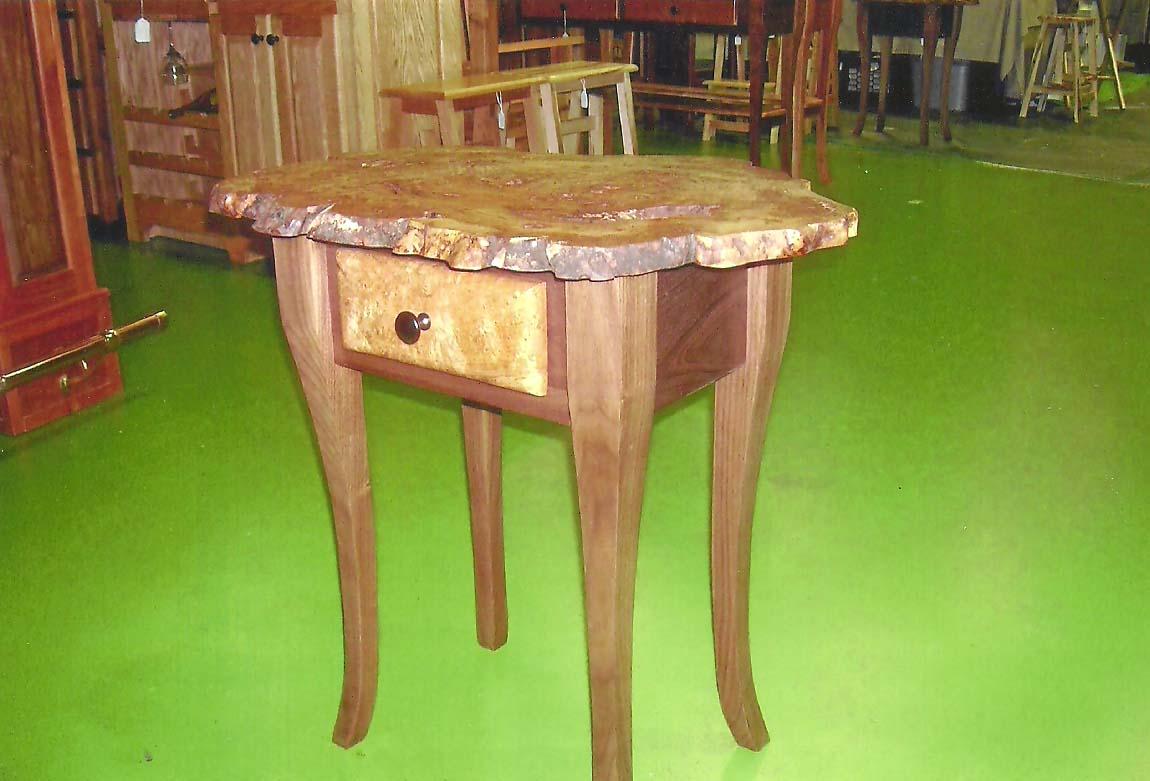 Burl_table