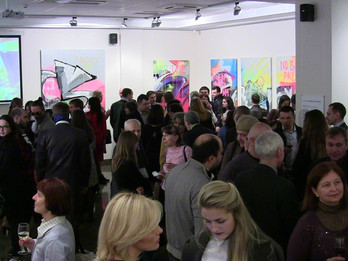 Leonora Yanko presents Johnny Crack in Ukraine