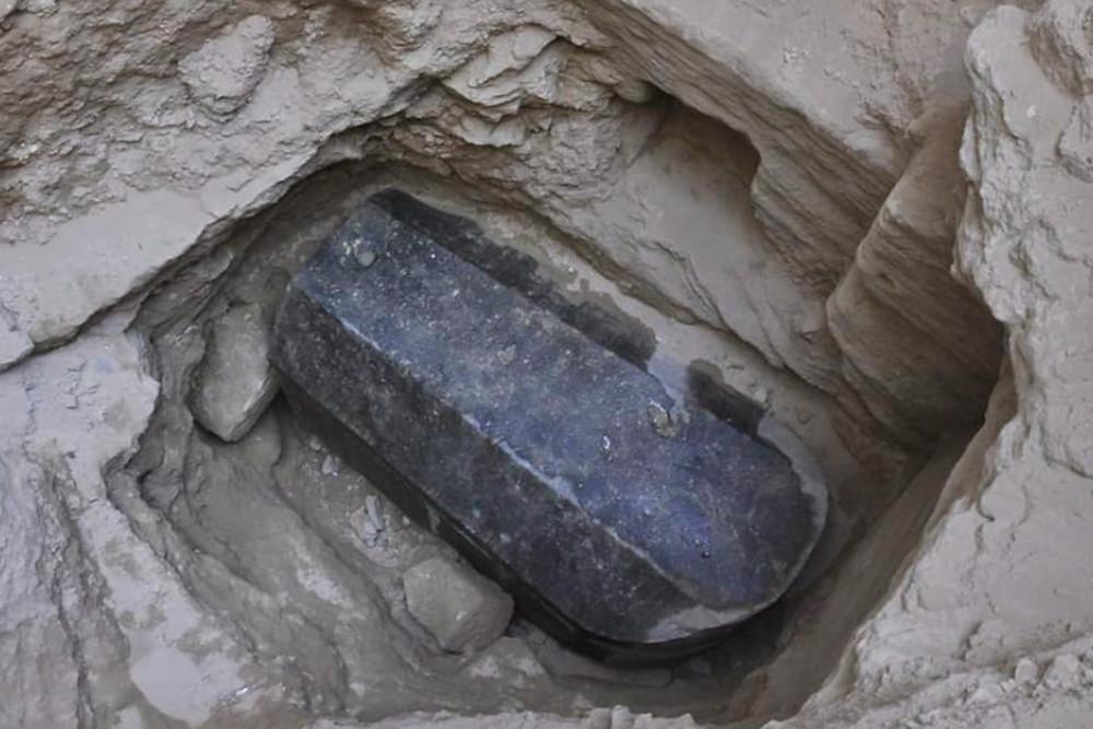 tomb image 1