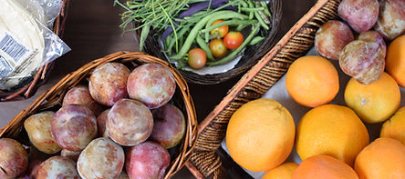 baskets plums oranges.jpg