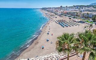 Strand-La-Carihuela-in-Torremolinos-Malaga.jpg