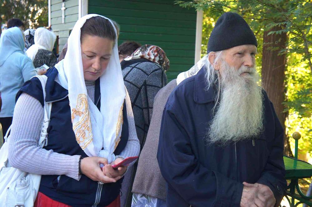 Ortodokseja Petserin luostarissa