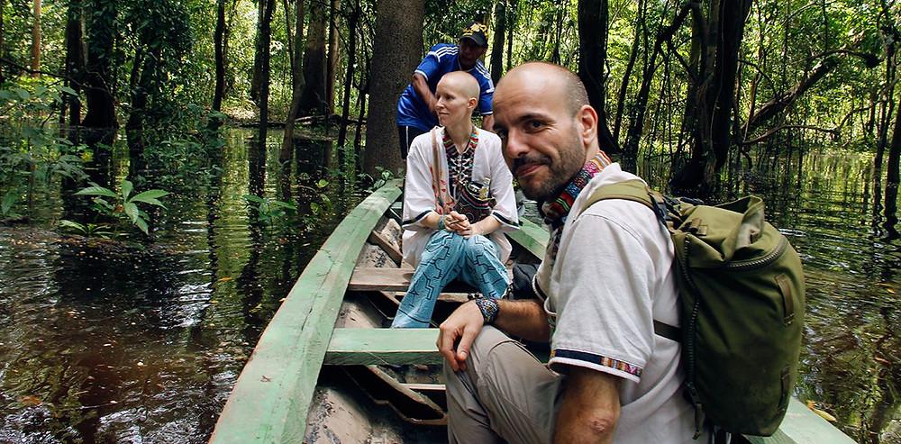 Henna ja Richie veneessä.