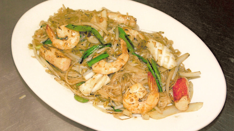 SF21. Seafood Stir Fried with Rice Noodles