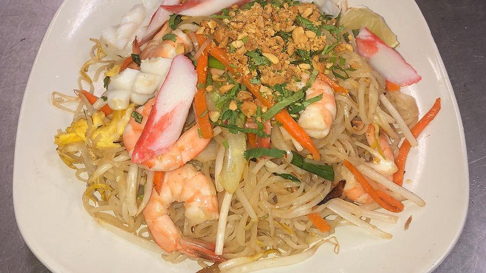 PT3. Seafood Pad Thai