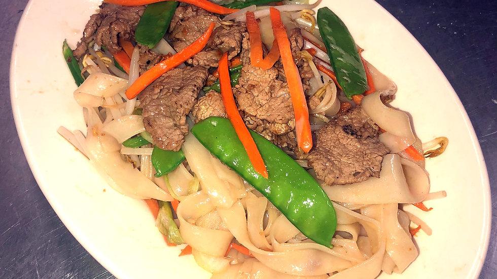 CF5. Beef Chow Fun