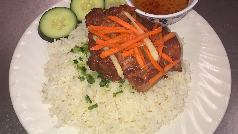 124. Steamed rice platter with grilled chicken & vegetables