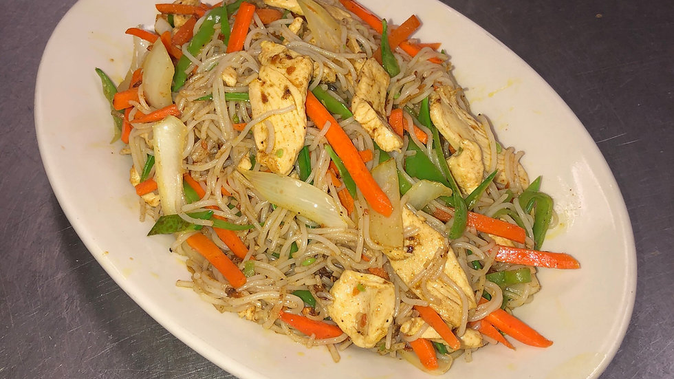 SN1. Singapore Noodles with Chicken