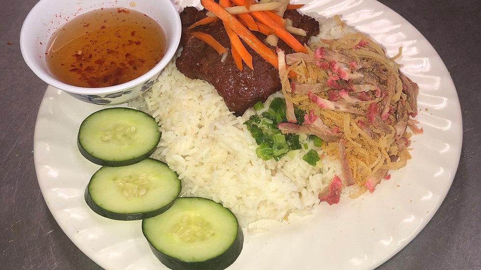 120. Steamed rice platter with shredded pork rind, pork chop & vegetables