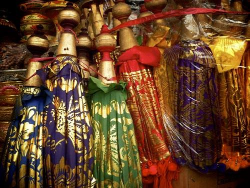 139-bali-sukawati-ombrelles