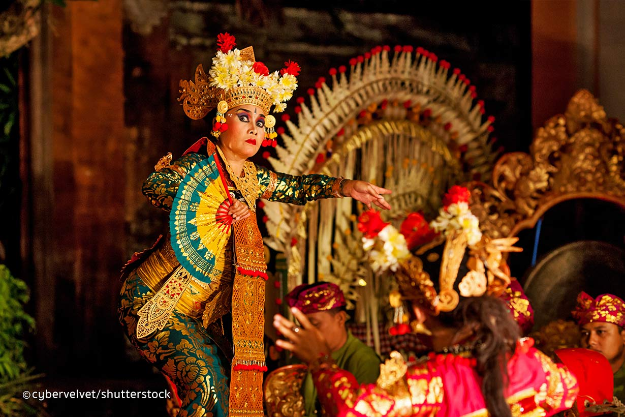 Legong-Dance-in-Bali-2
