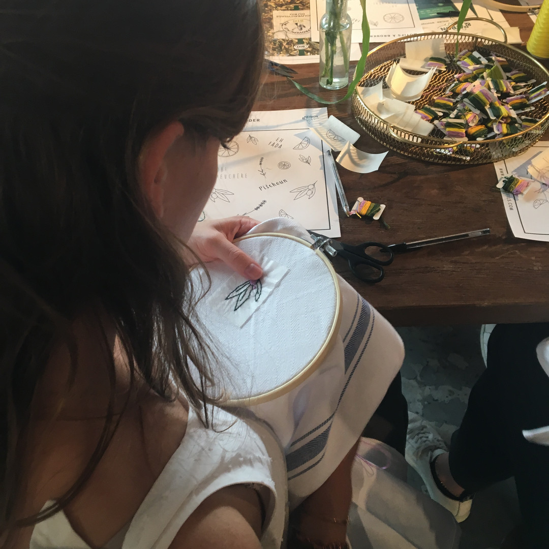 Atelier broderie main chez My Little Paris avec Patron & fils