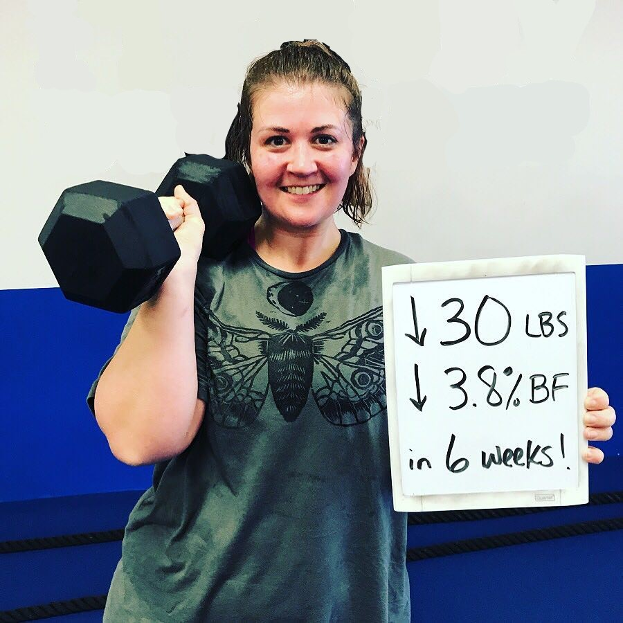 Girl in gym lost 30 pounds in 6 weeks