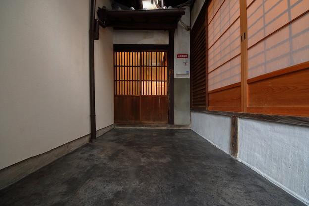玄関土間.JPG