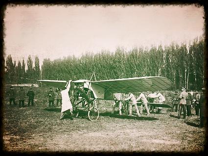 Primer vuelo militar en Chile