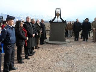 Actos conmemorativos del Cruce en Globo de la Cordillera de los Andes en la ciudad de Mendoza, Argen
