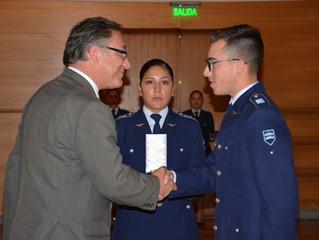 """Ceremonia de Premiación en la Escuela de Especialidades """"Sargento 1° Adolfo Menadier Rojas"""""""