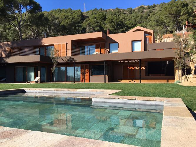 Villa Pi Blau Yoga Retreat