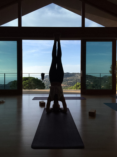 Stunning yoga shala with a view over the coast