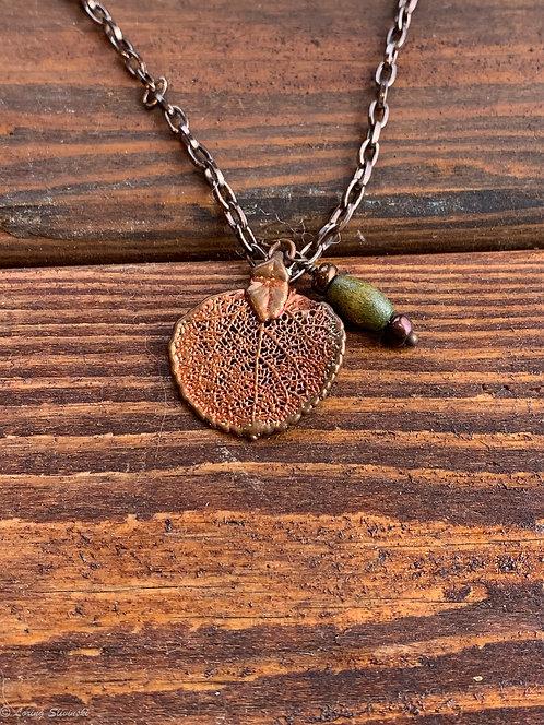 Gilded-leaf Necklace: Aspen