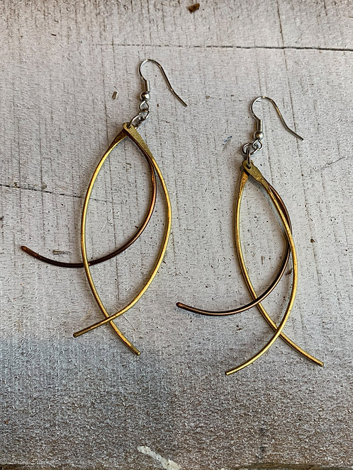 Dangly Two-color wire earrings