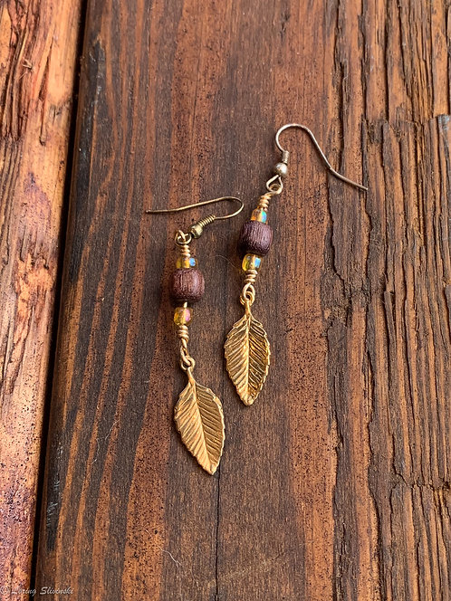 Leaf Charm Earrings: Chestnut/Gold #1