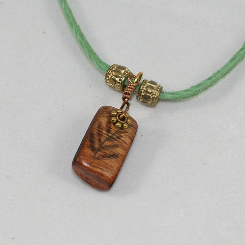 Pyro Necklace: Fern Frond