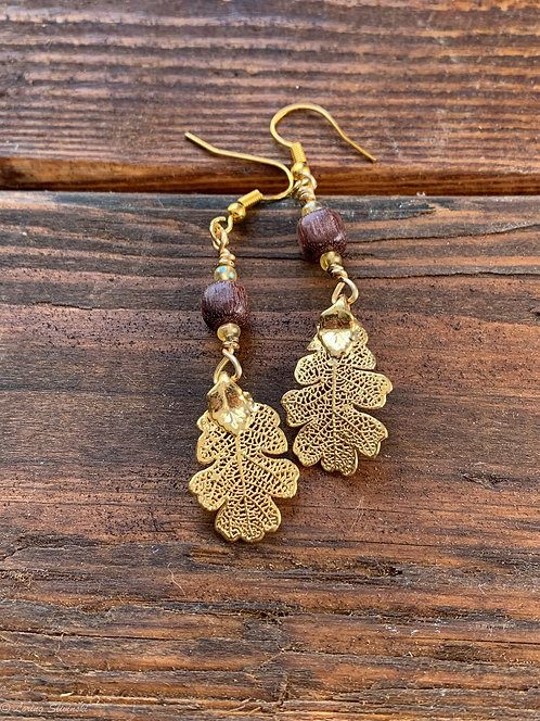 Gilded Leaf Earrings: Oak/Gold