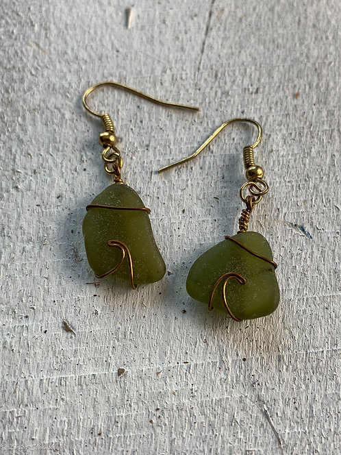 Seaglass Wave Earrings Olive