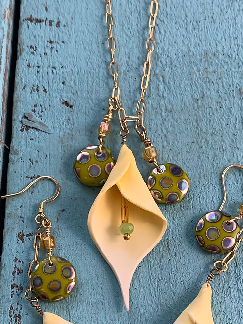 Calla Lilly Necklace #1