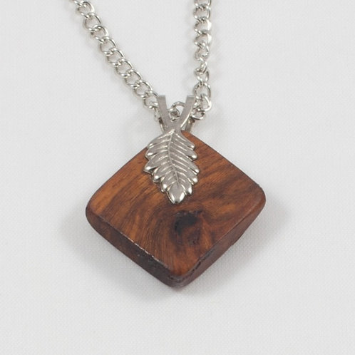 Leaf-bail Necklace: Teakwood