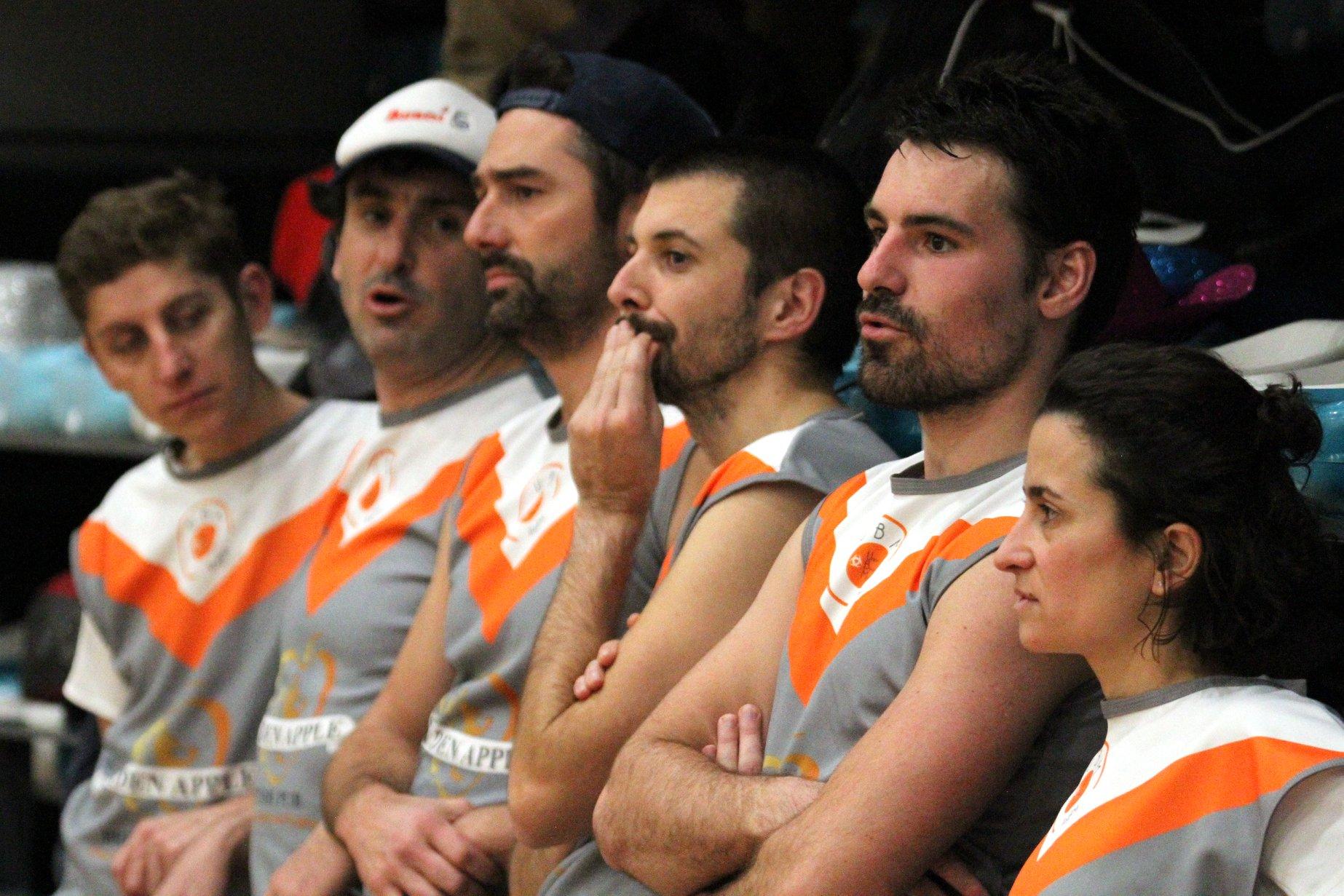 L'équipe en pleine réflexion