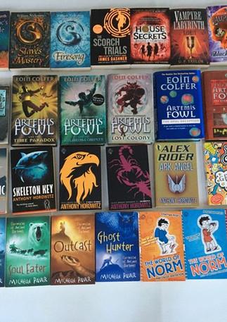 Book sale 4.jpg