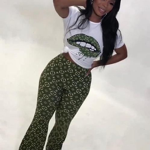 Green and white lip pants set